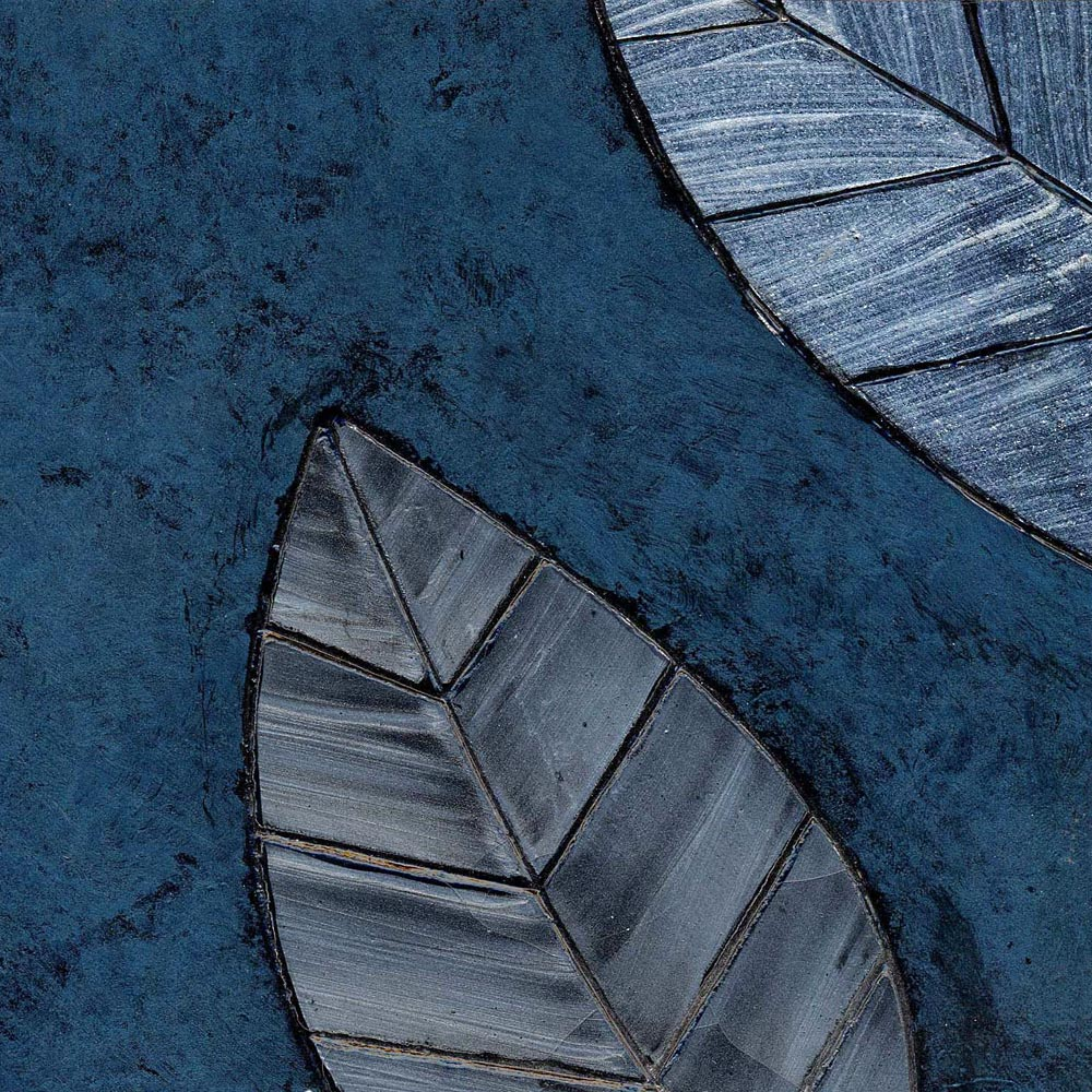 Blue Leaf Motif