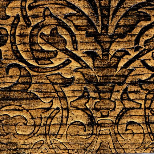 Crackle gesso scroll