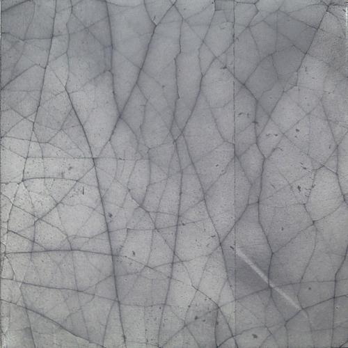Grey crackle 3